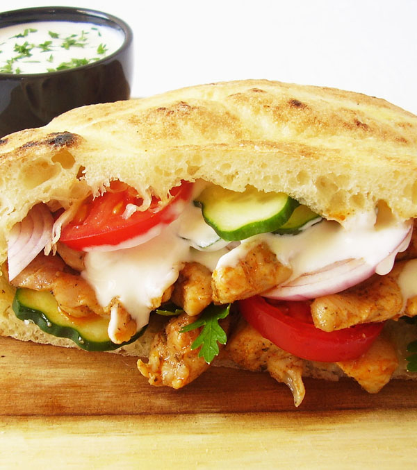 Homemade Chicken Gyros: original Greek summer dish, delicious and easy to make.