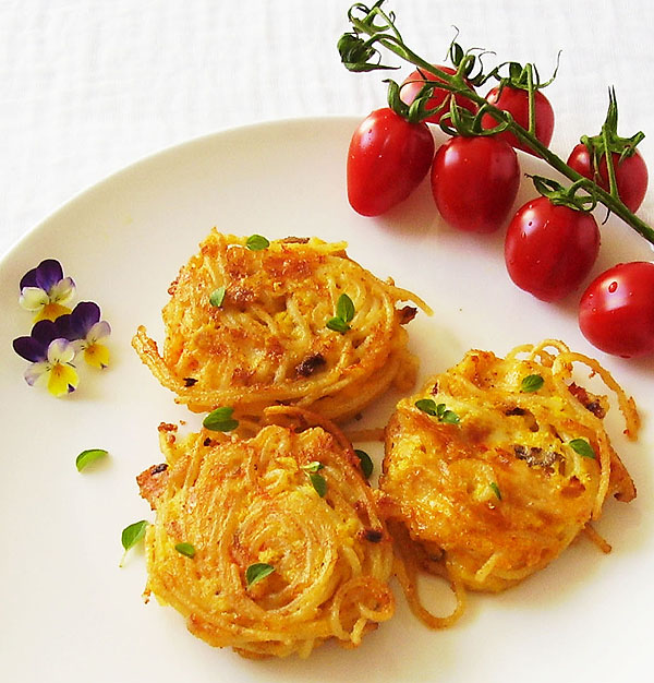 Spaghetti Fritters: new frugal favorite made of spaghetti leftovers !