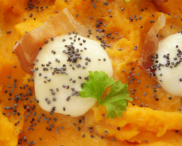 Savory Sweet Potato Cheesy Casserole: amazing cheesy side dish !
