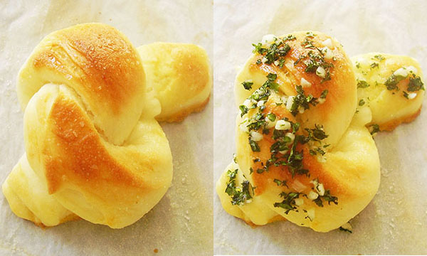 Amish White Bread Garlic Knots: Award winning!