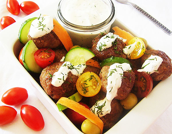 Meatball and Vegetable Salad with Sour Cream and Dill Dressing: Summer salad for meat and vegetable lovers.
