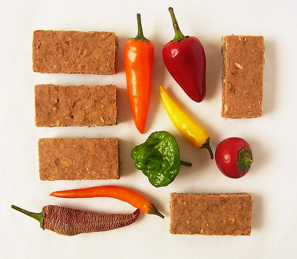 Chili and Chocolate Crackers : party savers !