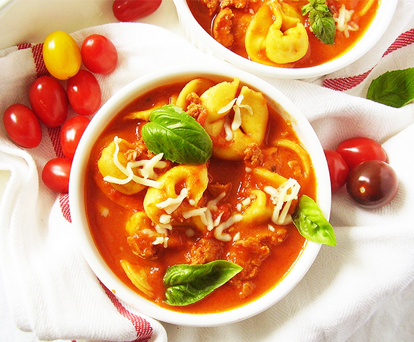 Tortellini Soup with Italian sausage ( Quick Version) : Hearty Italian soup, full of flavours and so easy to make !