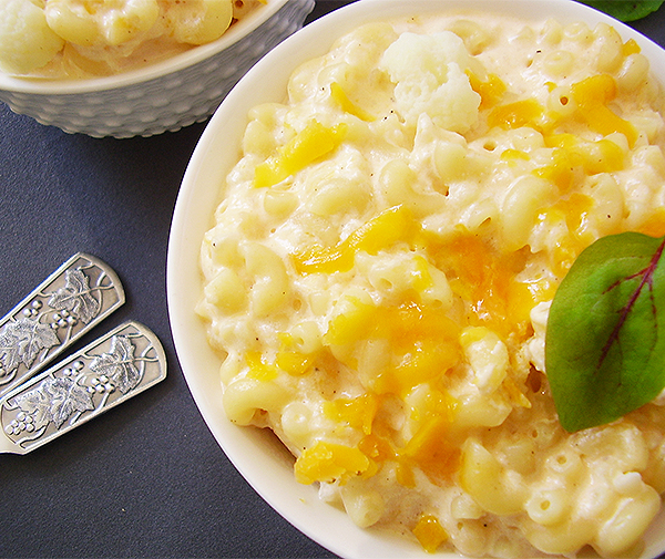Cauliflower Rice Mac and Cheese: Cauliflower packed Mac & Cheese !