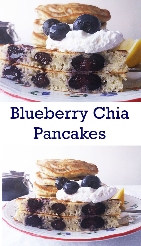 Blueberry Chia Pancakes : easy, healthy and popular !