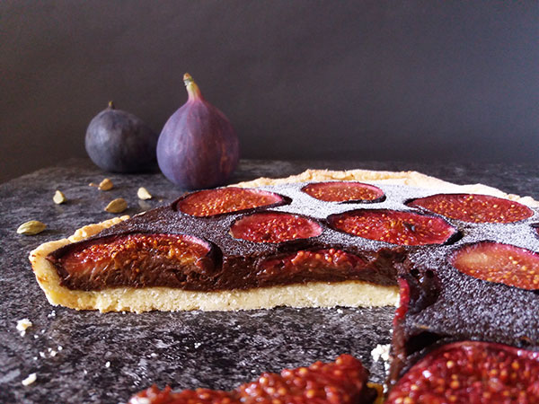 Rustic Fig and Chocolate Tart: amazing combination for all chocolate and fig lovers !