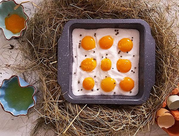 Cured Egg Yolks : preserving food, vintage way.