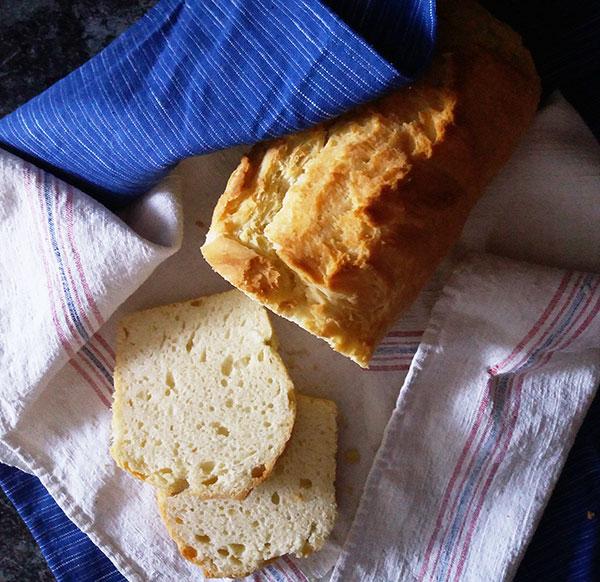 Rustic Lard Bread : vintage bread version using lard; tasty, simple and easy to make.